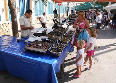 Prodejce nakládaných oliv